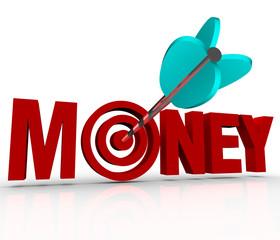 Money Arrow in Target Bulls-Eye Earn Riches Reach Goal