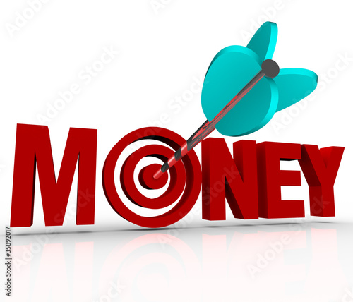 Money Arrow in Target Bulls-Eye Earn Riches Reach Goal