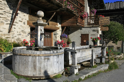 Fontaine à Saint Véran - 35924487