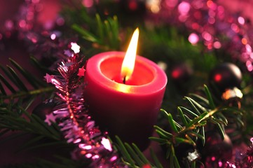 Weihnachten, lila Kerze