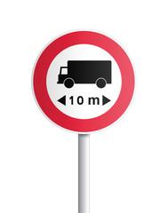 Panneau - accès interdit aux véhicules dont la longueur