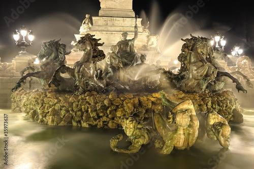 fontaine de Bordeaux,  Monument des Girondins - 35973637