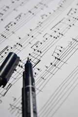 musical notes wrote by pen