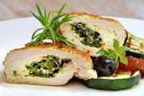 nadziewany filet z kurczaka z grillowanymi warzywami