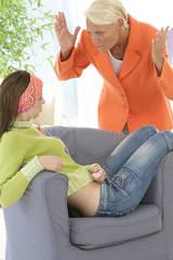 Adolescence - Conflit mère et fille