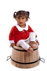 enfant de 14 mois réunionnaise assise