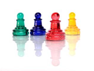 Farbige Figuren aus Glas