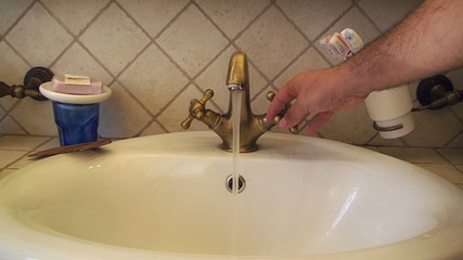 Faucet water tap open close hand