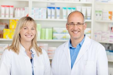 team in der apotheke