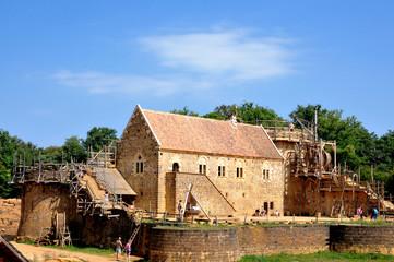 Guédelon vue sur la construction du château