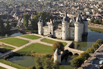 Château de Sully-sur-Loire vu du ciel (45)