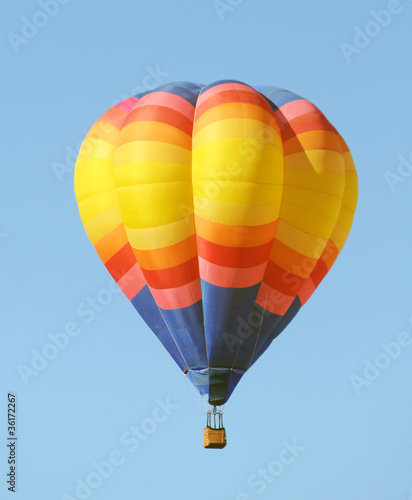 Fotobehang Ballon Colorful hot air balloon