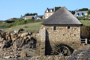 le moulin à marée sur l'île de bréhat,bretagne