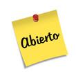 Post-it con chincheta texto Abierto