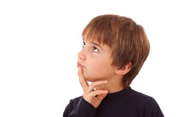 Junge, Kind beim Nachdenken - Schwere Entscheidung