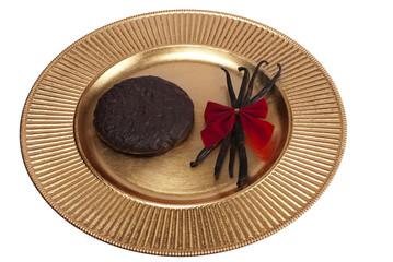 Teller mit Lebkuchen und Vanille