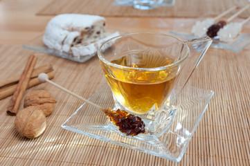 Tee mit Christstollen