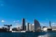 船上から望む横浜みなとみらい21の風景