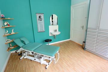 Behandlungszimmer beim Physiotherapeuten