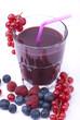 succo di frutta con ribes mirtilli  e lamponi