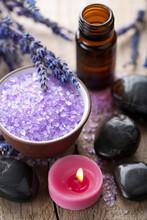 lavande de sel à base de plantes et des pierres spa