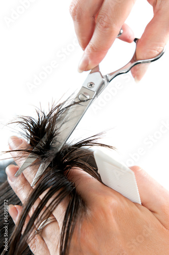 Hair cutting with scissors