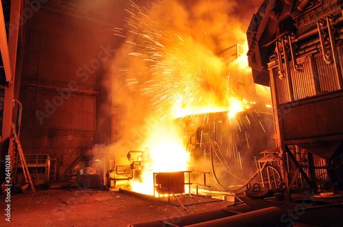 Leinwandbild Motiv Hochofen im Stahlwerk // furnace at steelworks