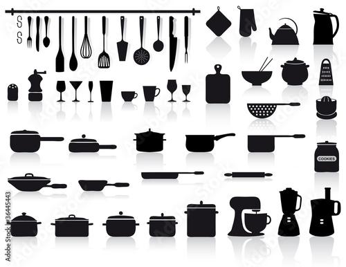 set di attrezzi, pentole e posate da cucina - 36445443