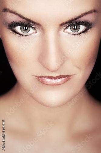intensiver Blick einer Frau