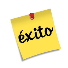 Post-it con chincheta texto exito