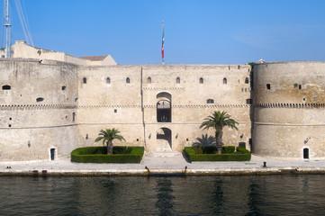 Taranto (Puglia, Italy) - Old castle on the sea