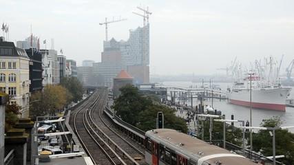 Hochbahn Hafenblick Abfahrt