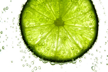 lime slice in water