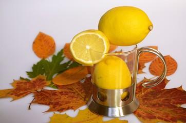 Glas Zitrone Blätter
