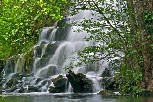 Fototapeten,cascade,pyrénées,wasserfall,natur