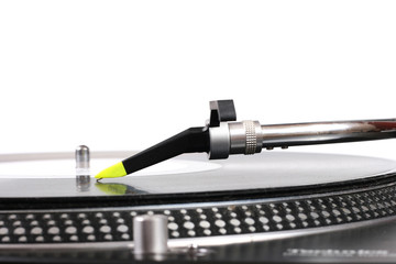 dj turntable needle and the vinyl record