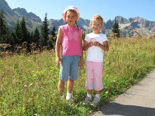 Franzi & Kathi beim Wandern