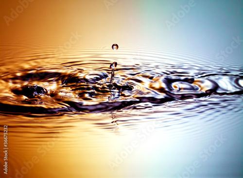 Wassertropfen stimmungsvoll