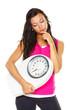 Frau ist mit Körpergewicht unzufrieden