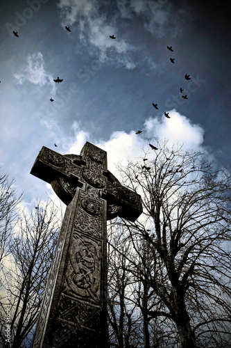 Crows-Celtic-Cross