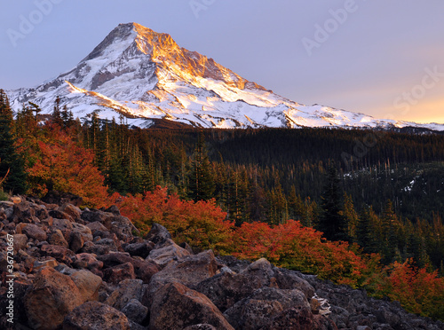 Mount-Hood-Autumn-Sunset