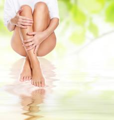 emale legs being massaged