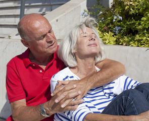 duo senior au soleil