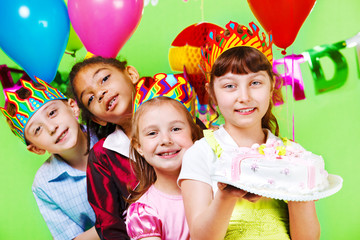 Kids group in party crowns