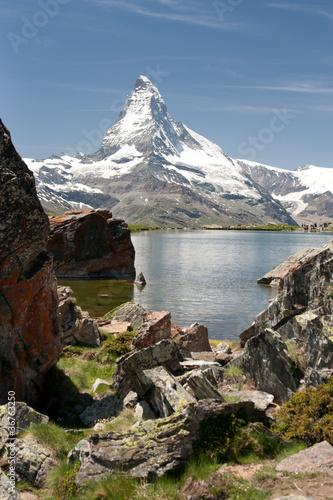 Matterhorn in Alps, Switzerland © Jakub Jirsák