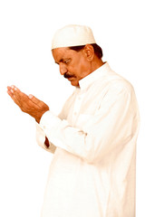 old man hands with muslim prayer