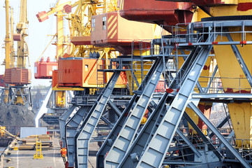 chassis port cranes