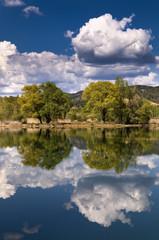 Paisaje del rio Tajo en Guadalajara, Castilla-La Mancha, España.