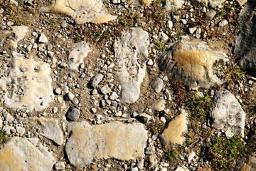 Steiniger Boden