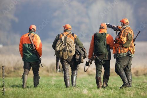 Keuken foto achterwand Jacht Vier Jäger nach der Treibjagd